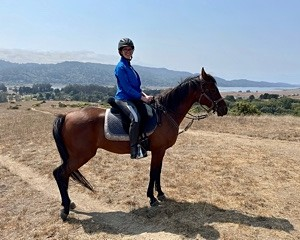 expert learning to ride horses